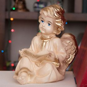 "Figurine ""Angel with a book"""