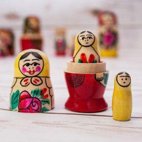 Russian Wooden Toys: Russian Matryoshka / Nesting Doll from Semenovo Village (3 pc.)