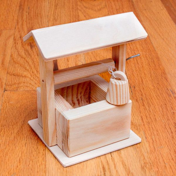 wooden_well_russian_toys